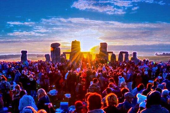 Summer_solstice_stonehenge